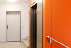 RTW Architekten Omptedastrasse Aufzug Detail 295x200