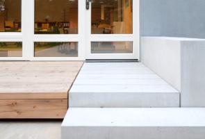 RTW Architekten AL Schule Aussenraum 2 295x200