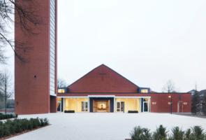 RTW Architekten Gemeindehaus GB Ansicht 295x200