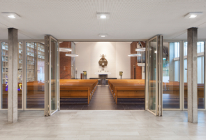 RTW Architekten Gemeindehaus GB Vorraum 295x200