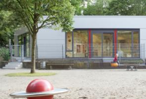 RTW Architekten Kita Waldheim Ansicht 1 295x200