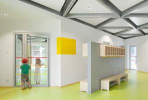 RTW Architekten Kita Waldheim Flur 295x200