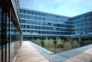 RTW Architekten OCP Innenhof 295x200