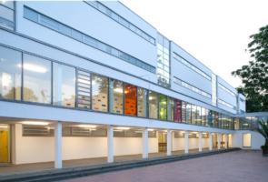 RTW Architekten WDT Humboldschule Aussengang 295x200