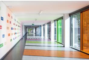 RTW Architekten WDT Humboldschule Innengang 295x200